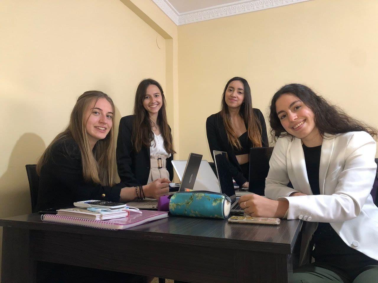 Tres equipos de la Facultad de Ciencias Económicas y Empresariales de la UGR participan en la final de Global Management Challenge