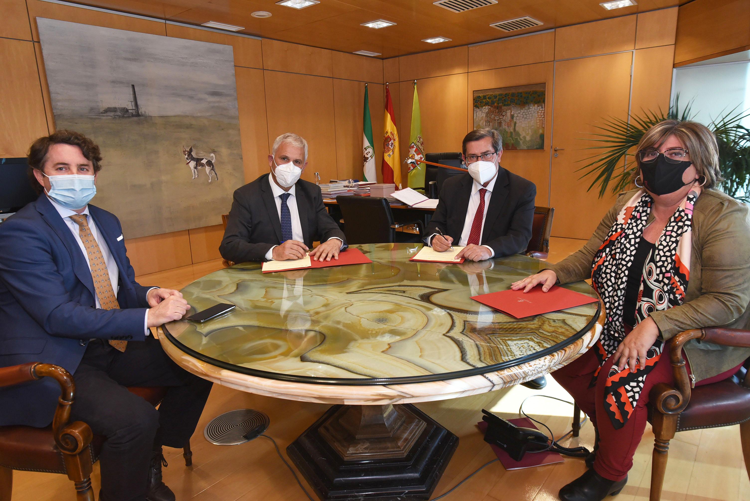 Acuerdo provincial para impulsar de forma conjunta la industria agroalimentaria granadina