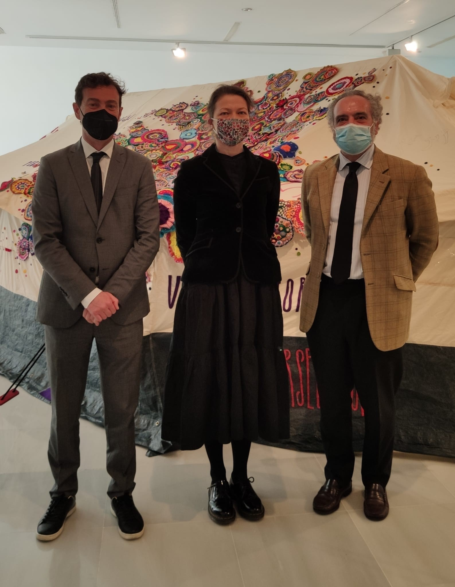 El Centro Cultural CajaGranada acoge la exposición 'Tienda de Refugiados', de la Asociación AIDA