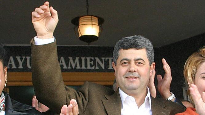 El exalcalde de Cogollos Vega tras su absolución pide al actual alcalde (PP) que pague de su bolsillo los gastos judiciales