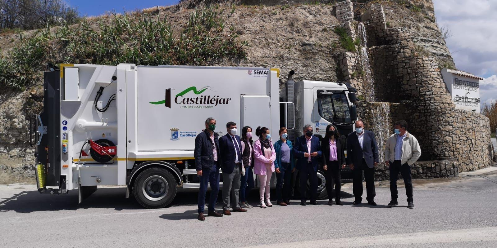 Castilléjar y Cortes de Baza contarán condos vehículos para la recogida de residuos en