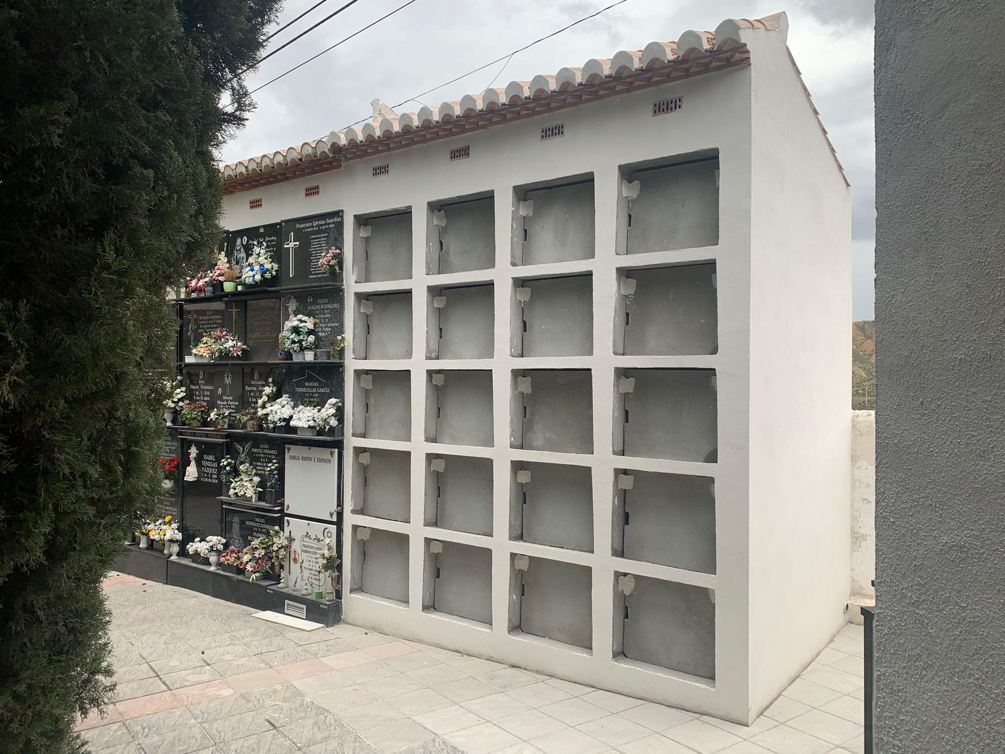 Monachil amplía su cementerio municipal con 20 nuevos nichos