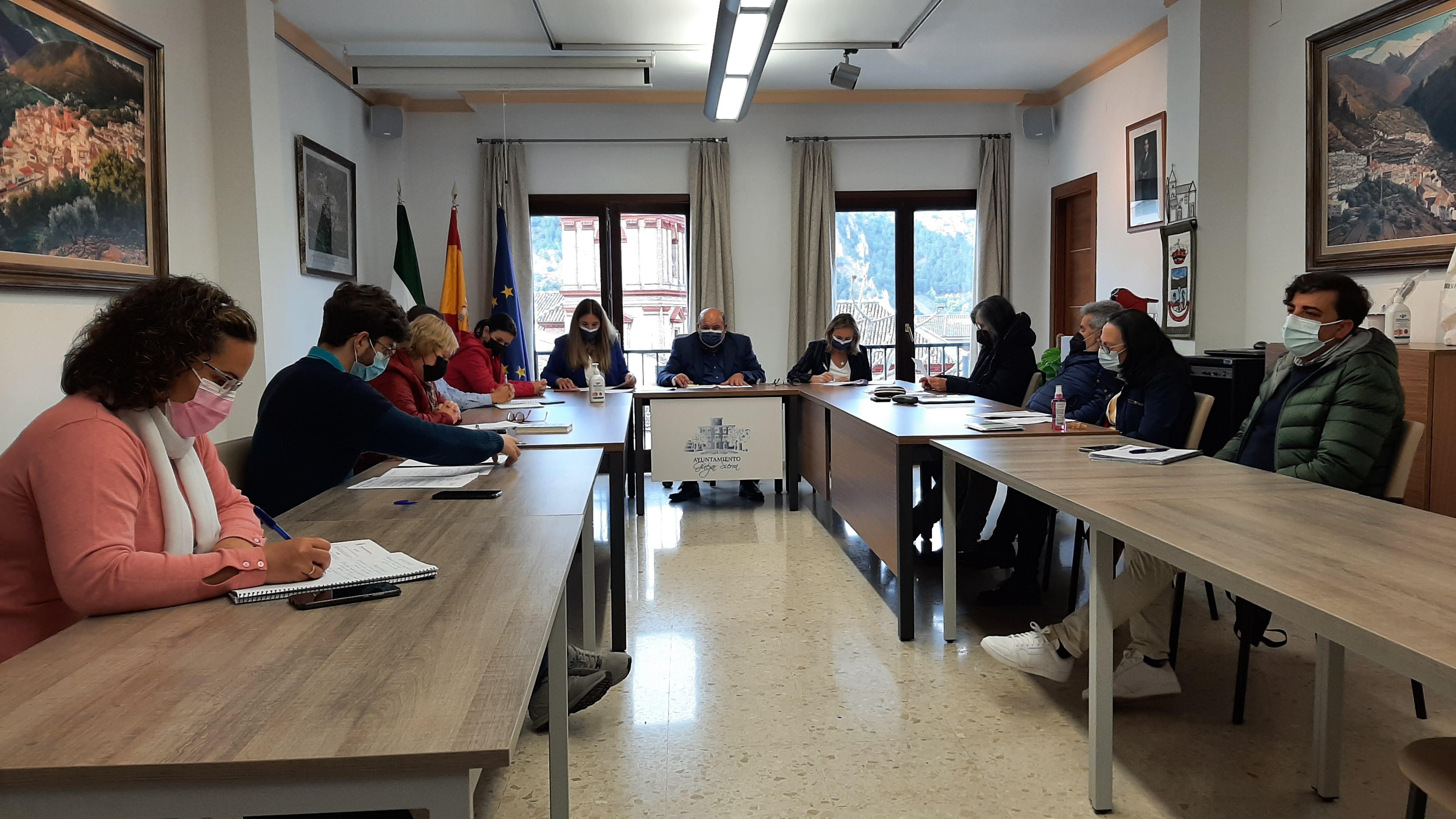 Güéjar Sierra aprueba la mayor inversión municipal de su historia