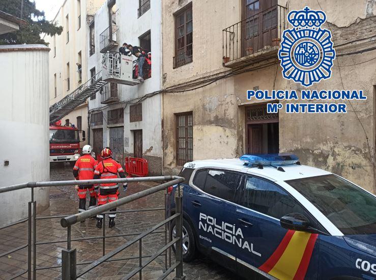 Detenidos tras sustraer cinco ciclomotores para desguazarlos en el interior de un edificio en ruinas