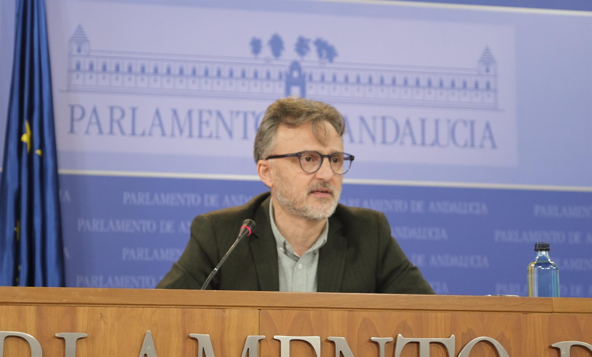 PSOE-A pide a Moreno publicar el «informe del presunto comité de expertos» que avala que se reabra la movilidad