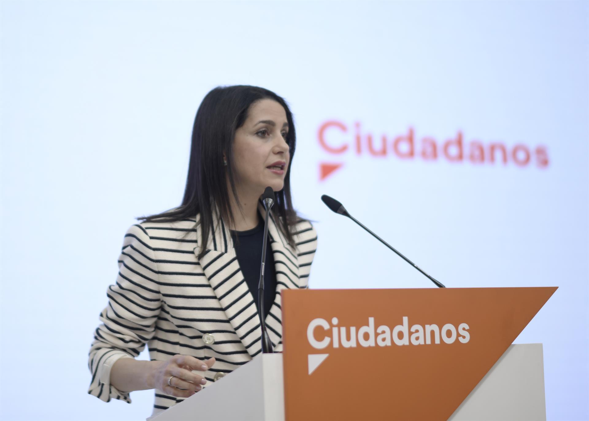 Arrimadas apuesta por mantener el Gobierno con el PP en Andalucía y reeditarlo tras las elecciones