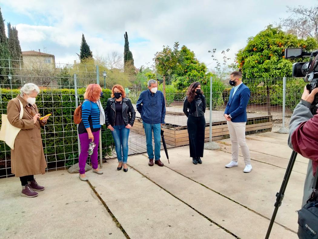 IU exige la reapertura y acondicionamiento del Parque Zen de Granada