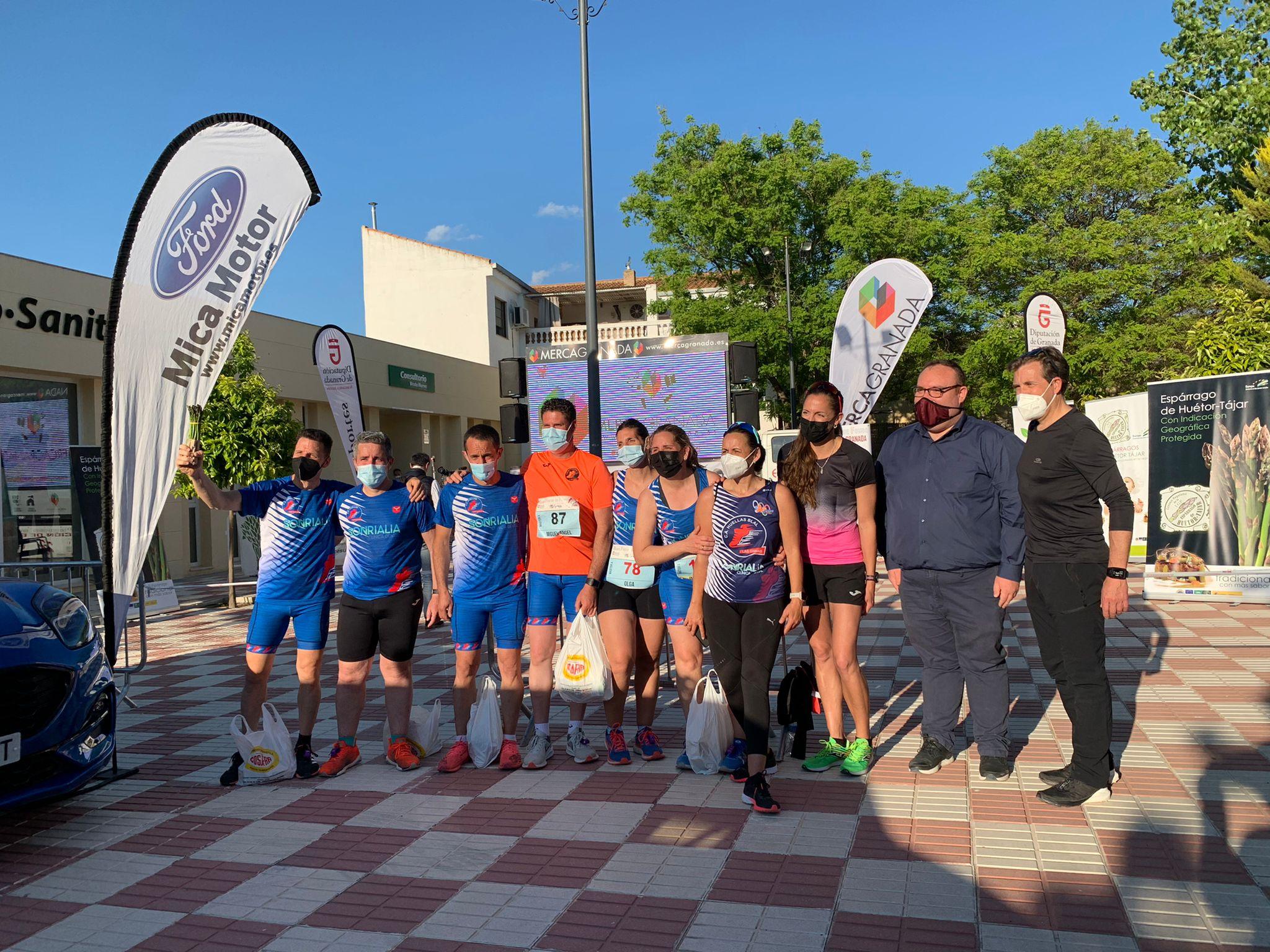 """Javier Arcas y Lourdes González ganan la XXIII Carrera del Espárrago """"Villa de Huétor Tájar»"""