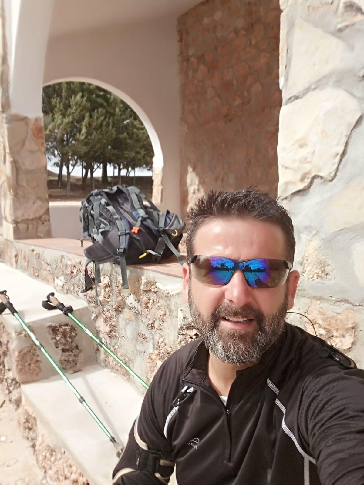 Un guardia civil hará a pie el recorrido entre Cuenca y Belicena en homenaje a las víctimas del coronavirus