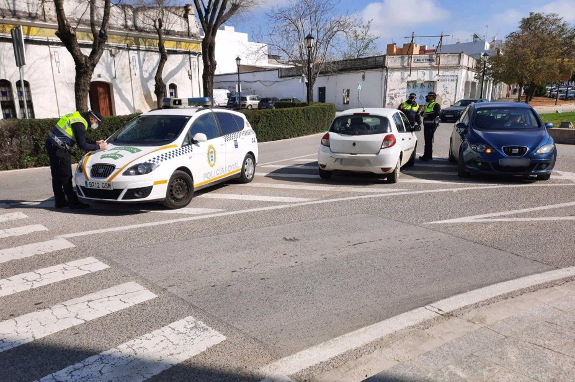 Todos los municipios andaluces con más de 5.000 habitantes tendrán cuerpo policial propio