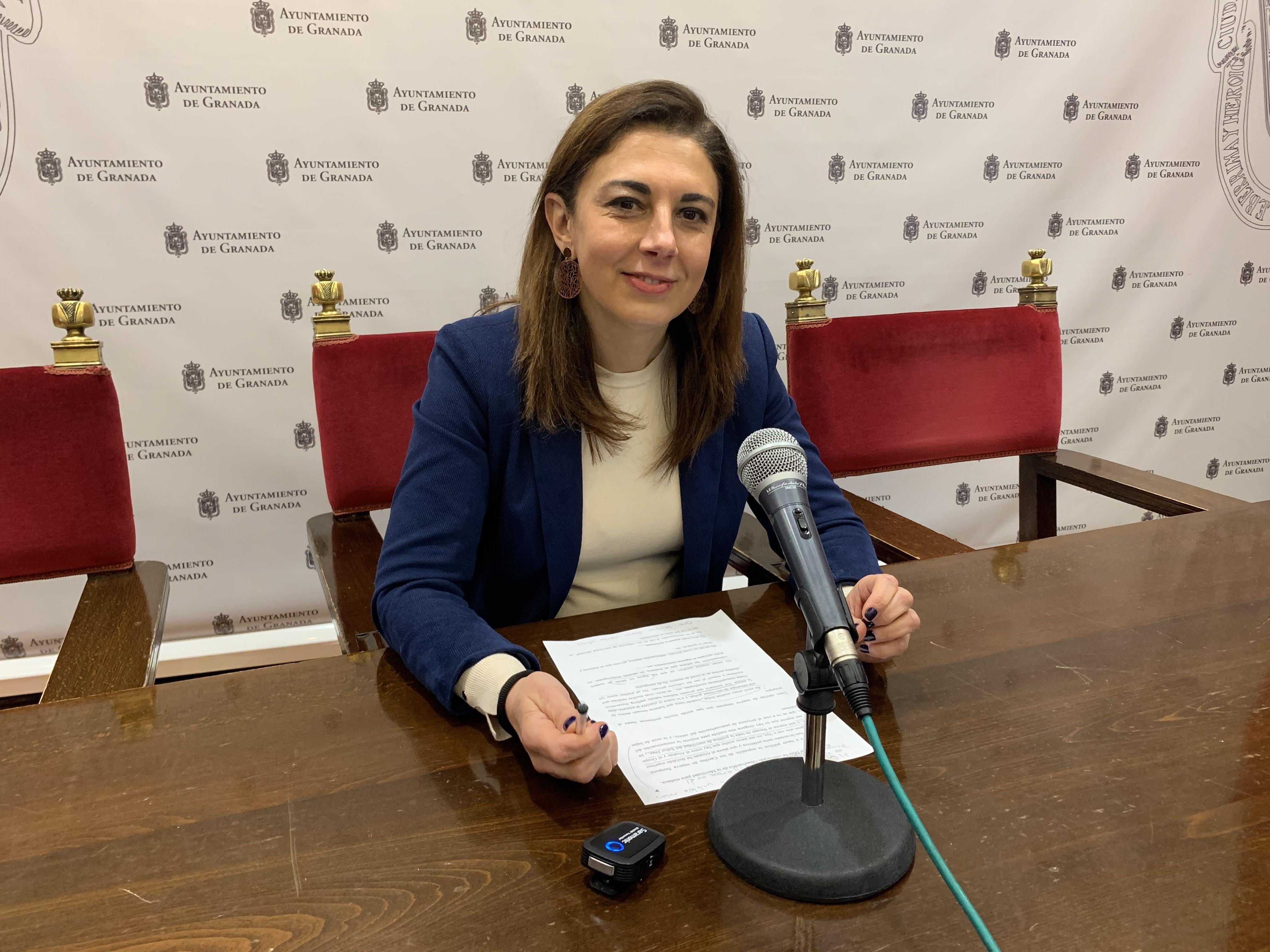 El PSOE critica que el Bipartito no saque plazas de policía local y fomento las de mando