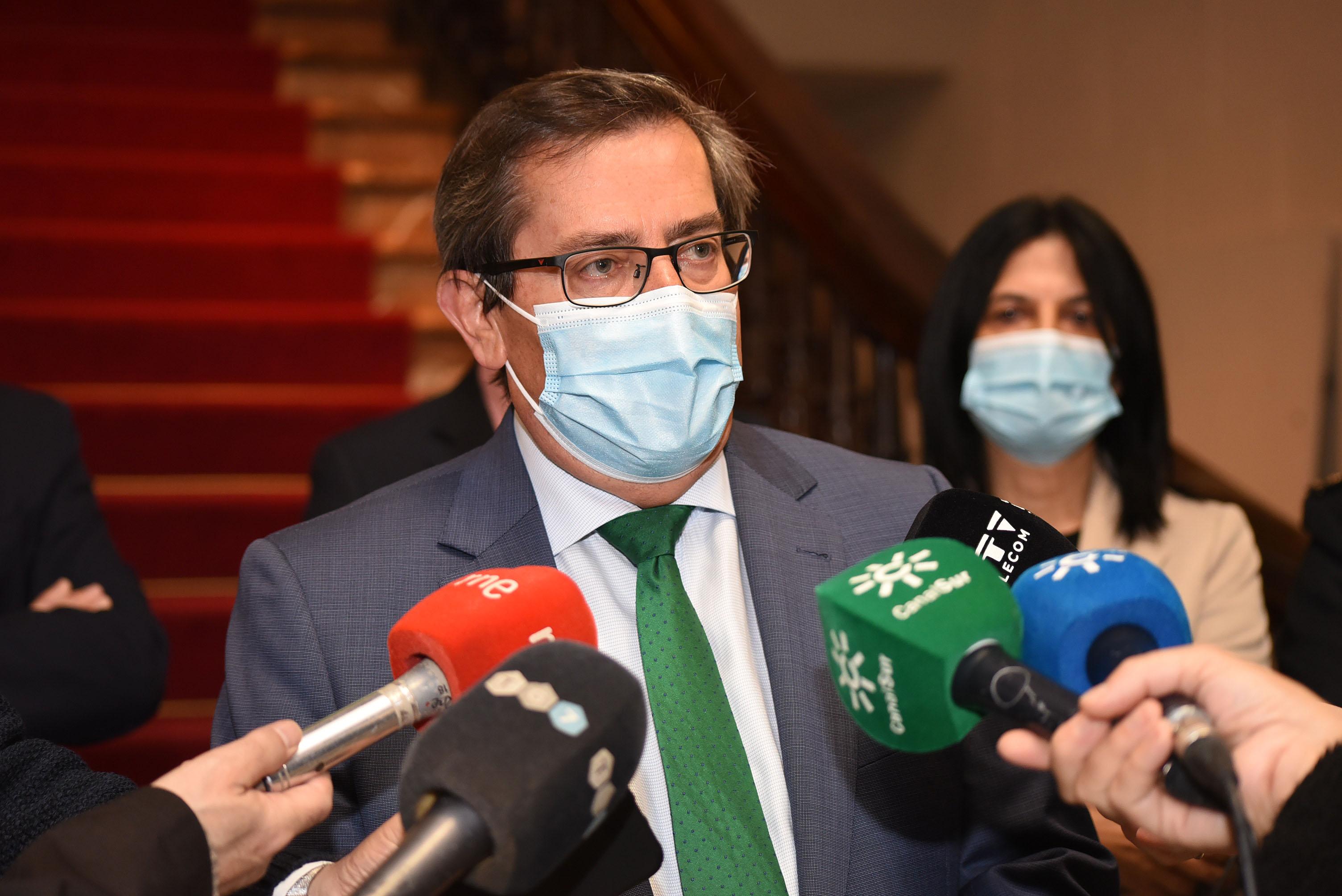 Entrena (PSOE) pide que dimita el alcalde y que gobierne la lista socialista, la más votada en las municipales