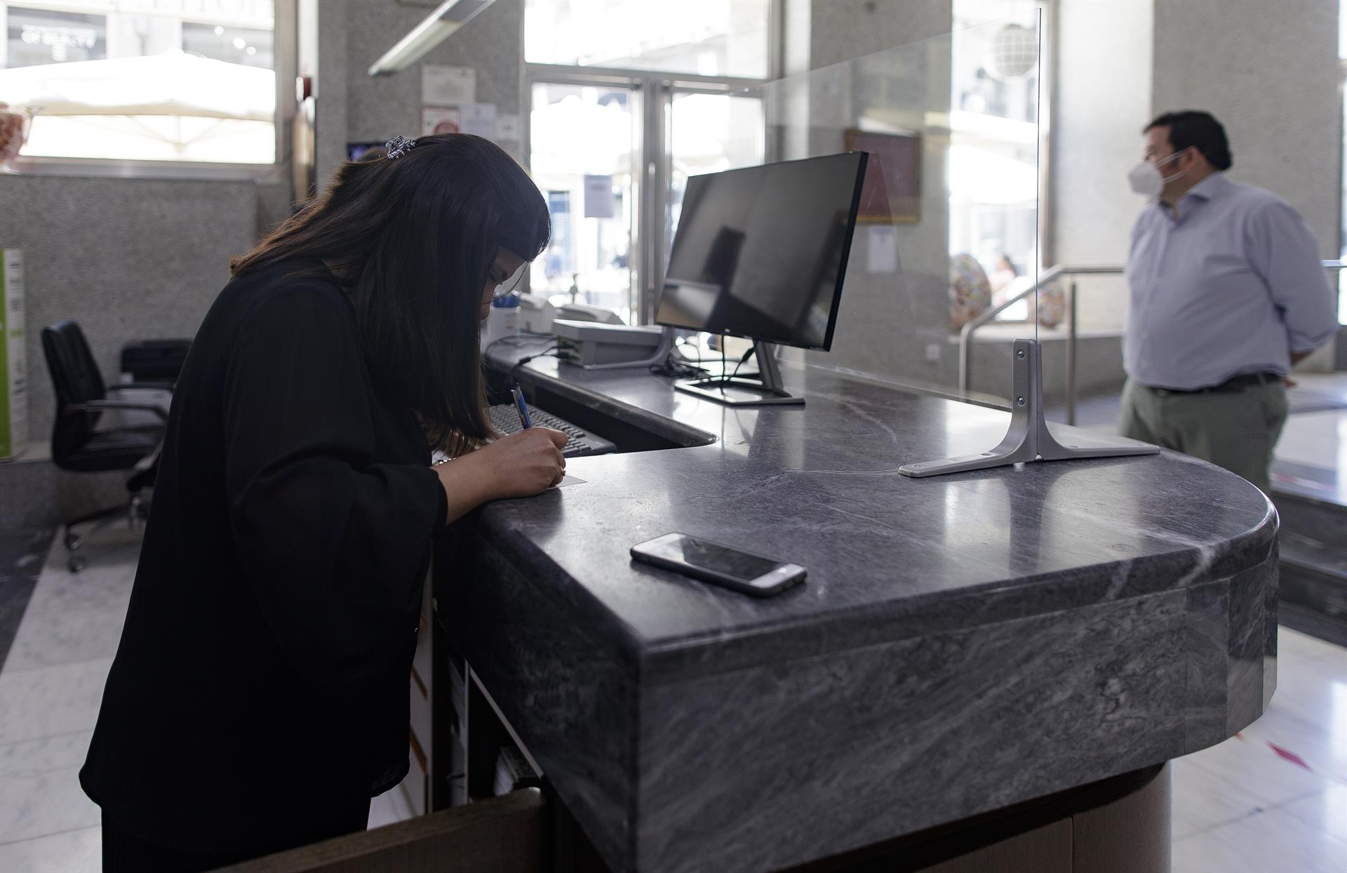 El Gobierno actualiza el procedimiento de 'check-in' en los hoteles para reforzar seguridad frente al Covid