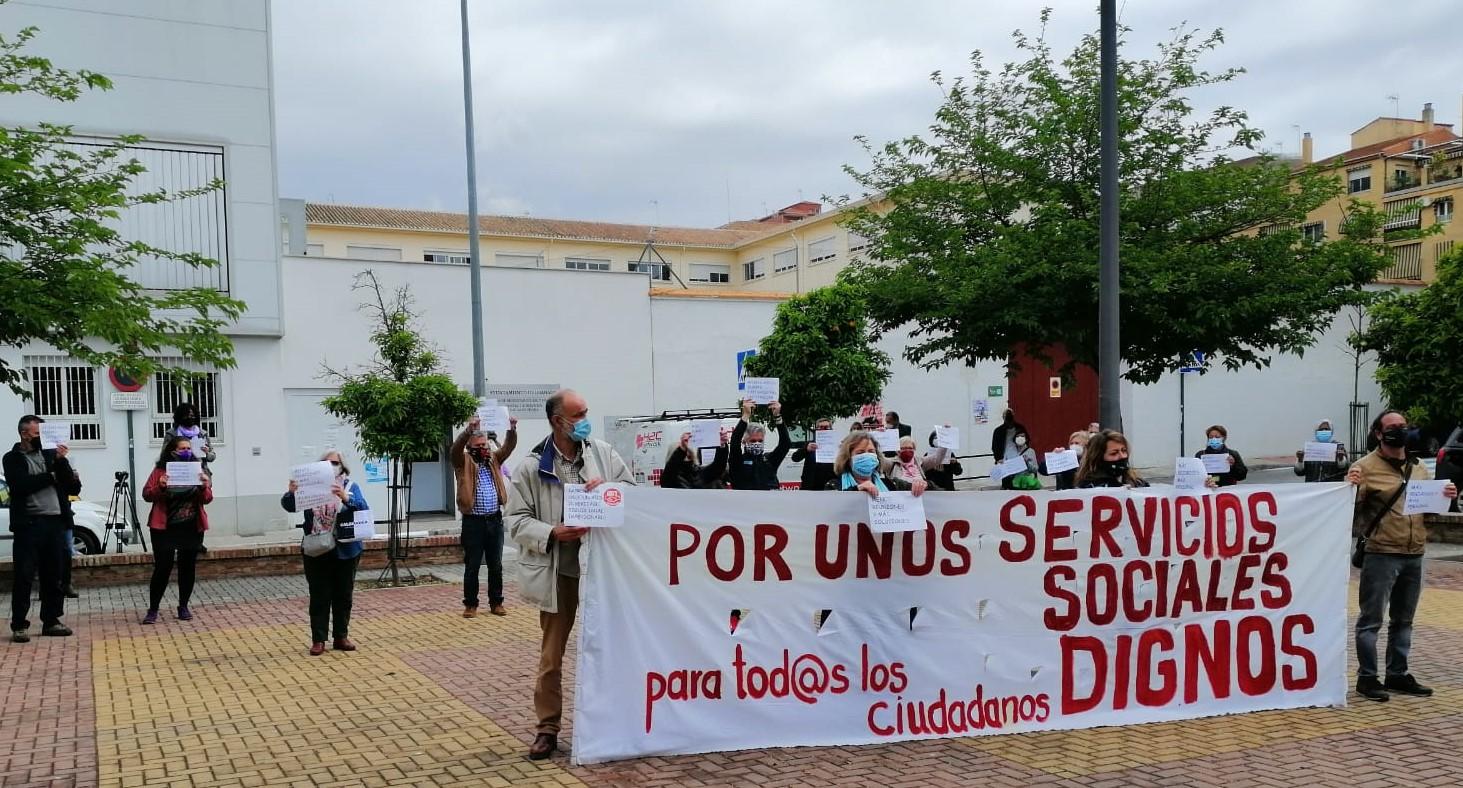 Piden la dimisión de los concejales Fuentes y Huertas por su mala gestión del área de Derechos Sociales