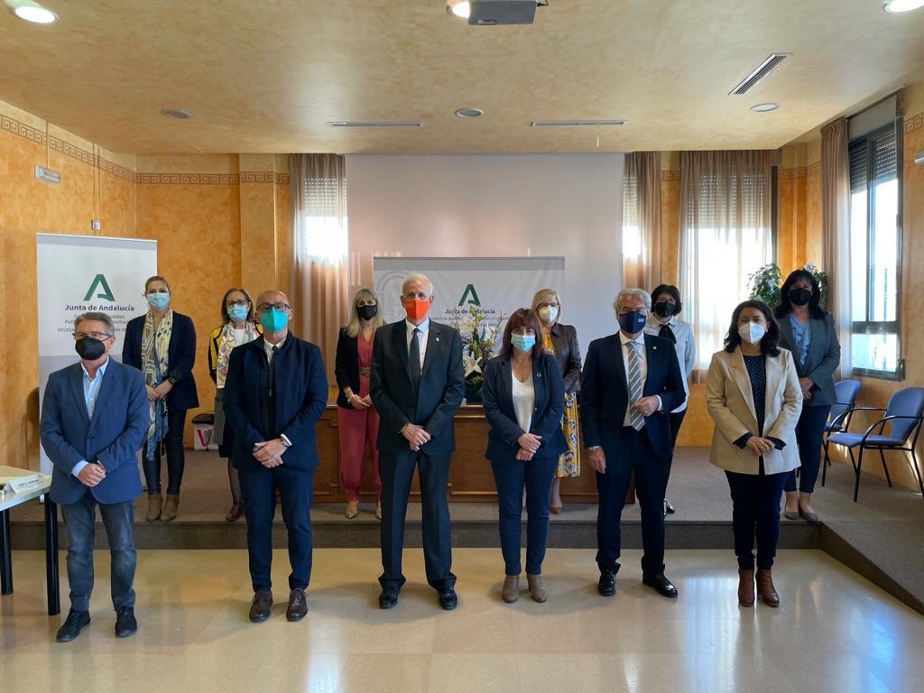 Igualdad destina 1,7 millones de euros entre los municipios de Granada para atender a familias con menores en riesgo de exclusión