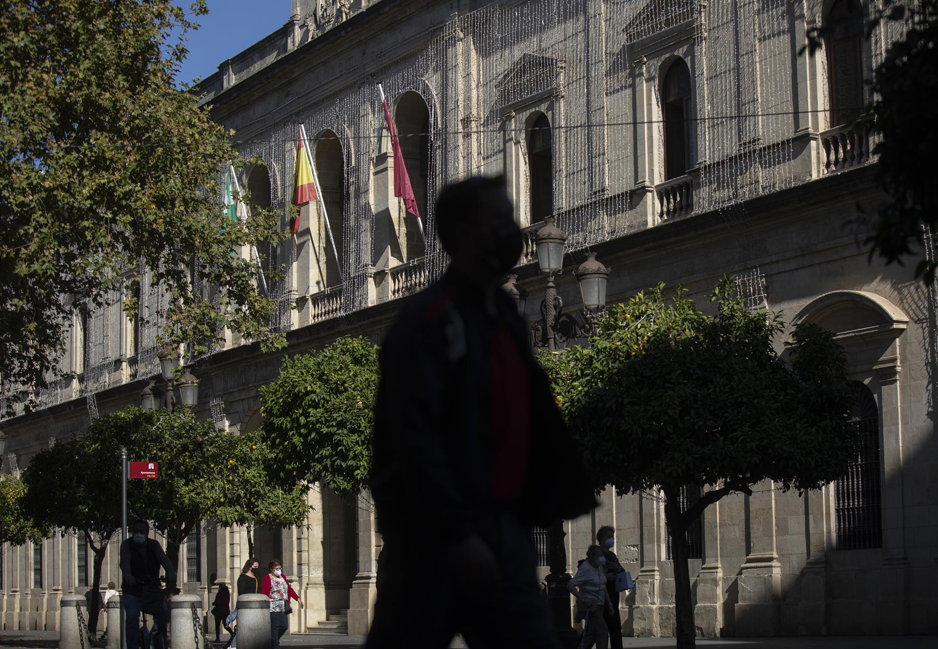 PP-A pide el jueves en el Parlamento un fondo incondicionado del Gobierno central de 3.000 millones para ayuntamientos