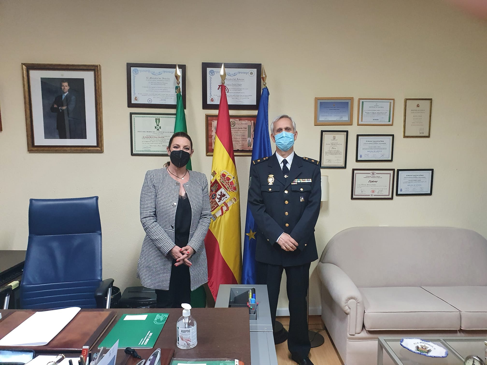 """Insúa: """"La Policía autonómica se ha ganado a pulso una nueva sede en Granada y una unidad especial en Sierra Nevada donde seguir desarrollando su admirable labor"""""""