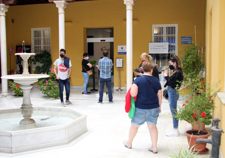 La Oficina de Información del Patronato Provincial de Turismo de Granada ya nota un repunte de visitantes