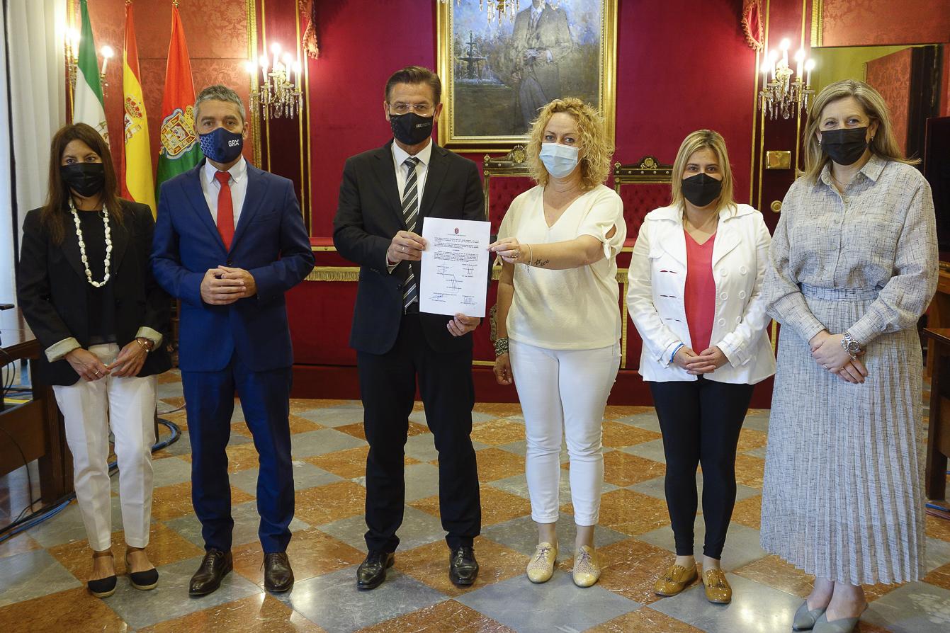 El Ayuntamiento de Granada se suma a la celebración del Día Nacional del Celiaco