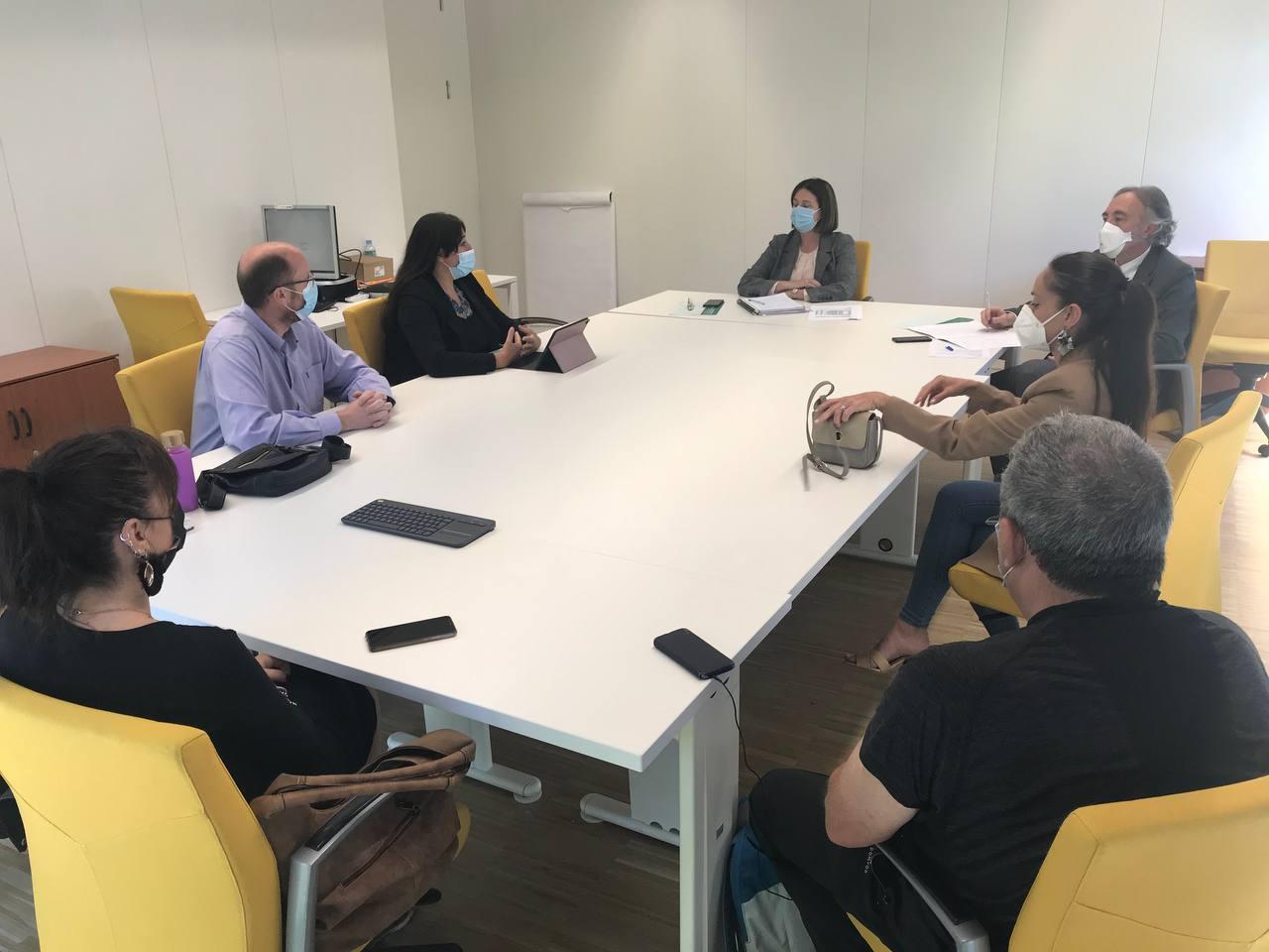 Podemos Granada se reúne con el delegado de salud para trasladar las necesidades de la provincia