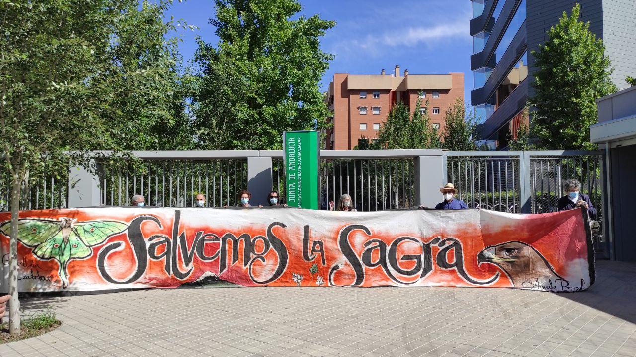 Podemos Granada manifiesta su posición contraría a la ampliación del complejo turístico de los Collados de la Sagra