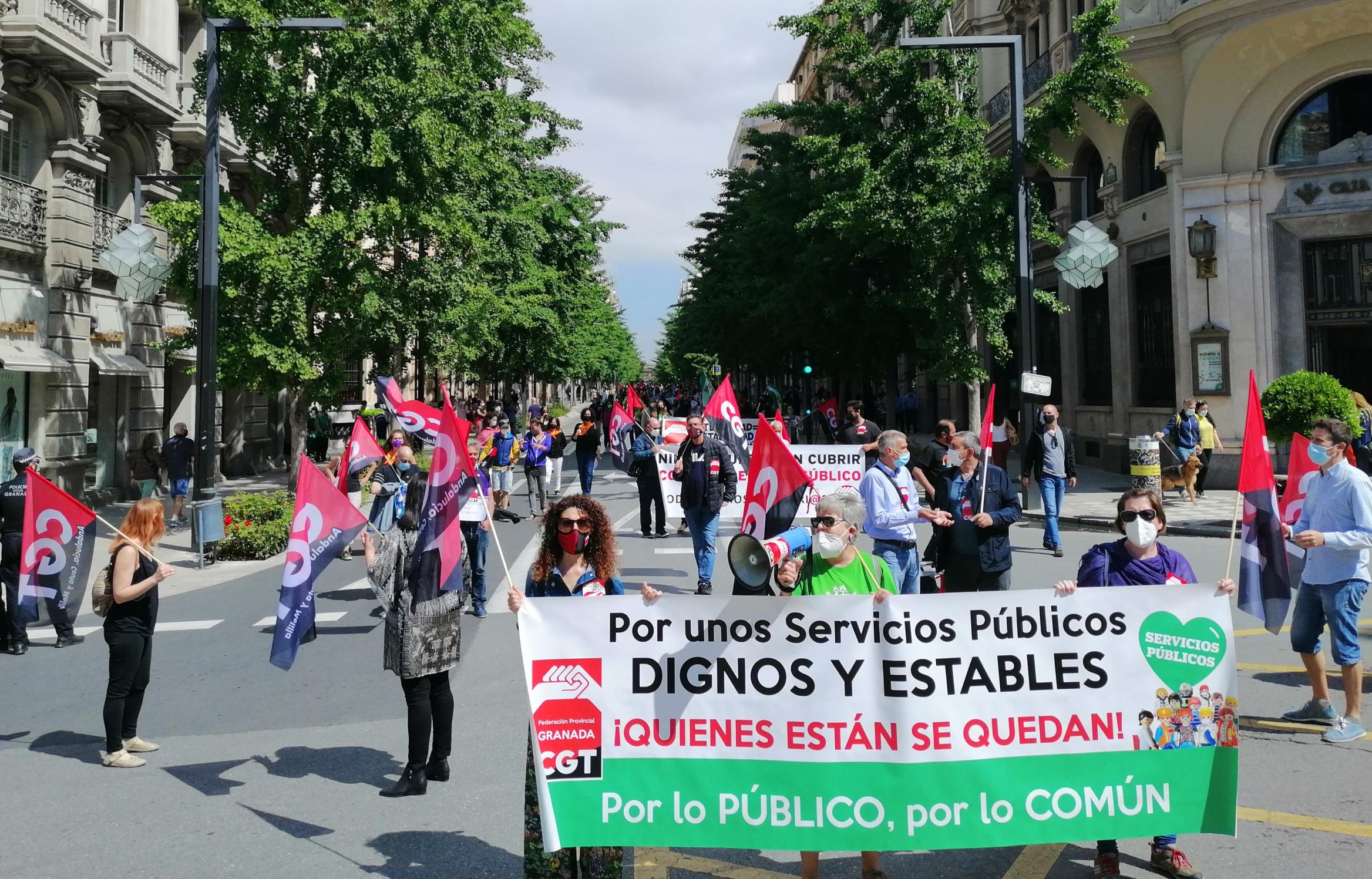 CGT recorre las calles de Granada reivindicando unos «Servicios Públicos dignos y estables»