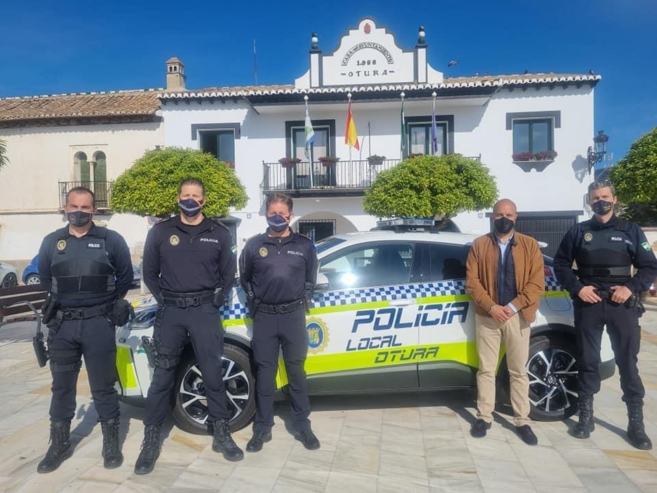 La Policía Local Otura dispone ya de su primer vehículo híbrido
