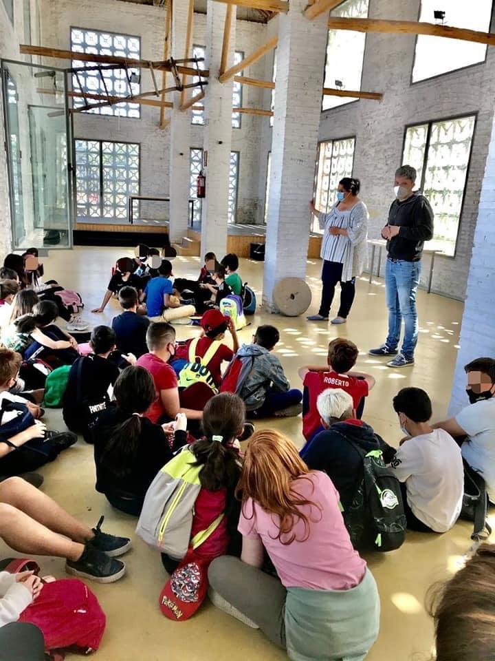 Vegas del Genil recupera las visitas de escolares a su Centro de Interpretación de la Vega