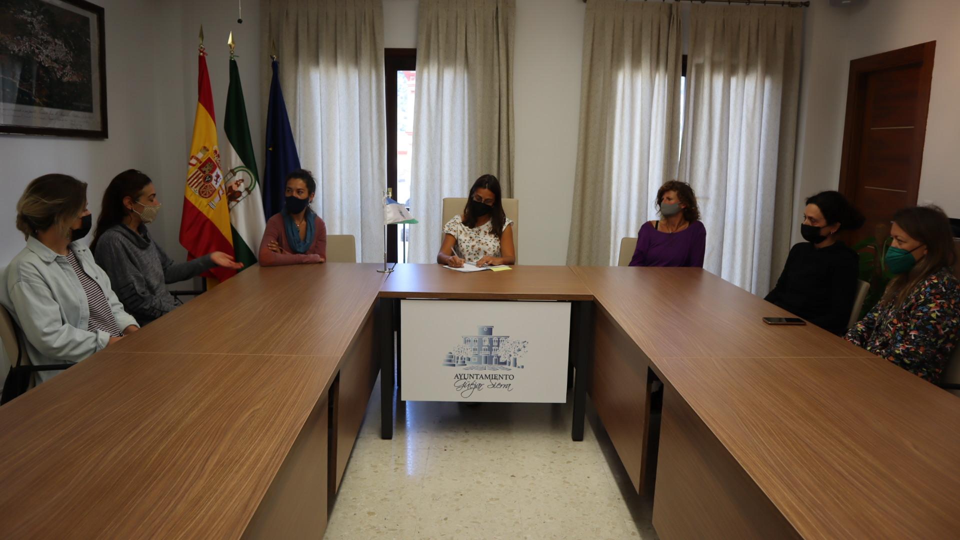 Nace la asociación de artesanos «Fuente del Arte» en Güejar Sierra»