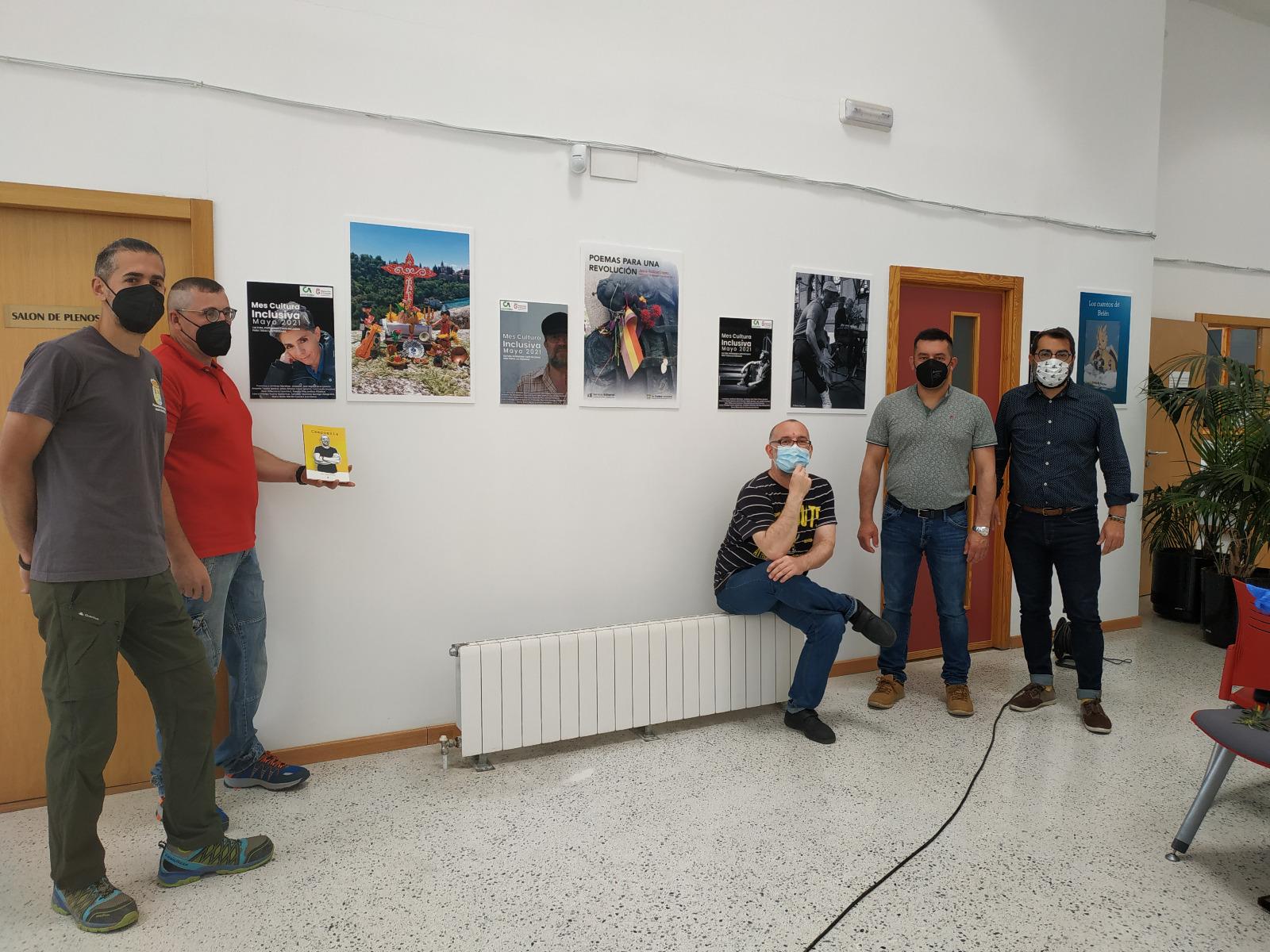 Una exposición de artistas con discapacidad se puede visitar en el Ayuntamiento de Purullena