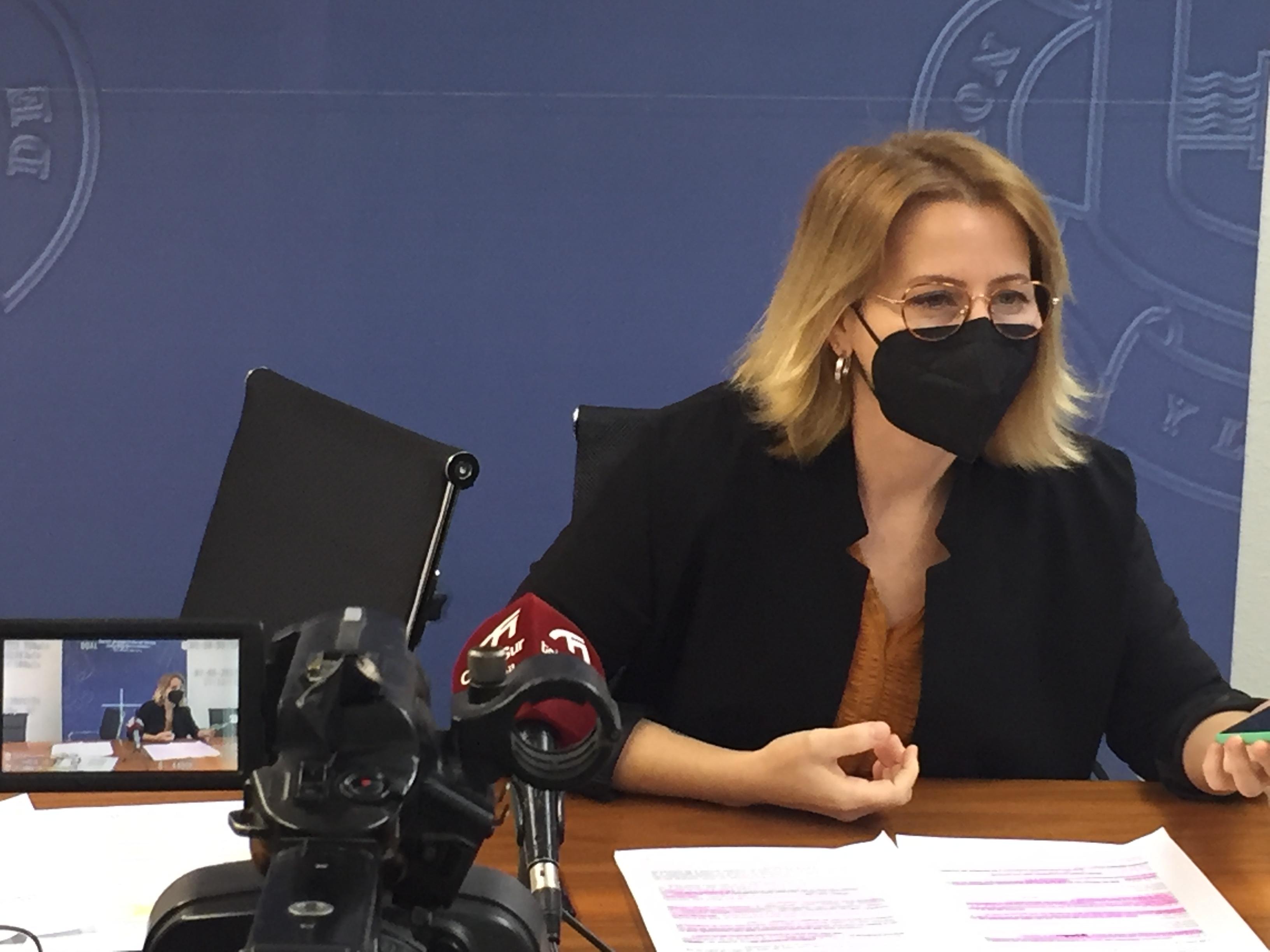Inma Omiste pide a la alcaldesa de Motril que se ponga en la piel de los 6.837 parados y paradas del municipio