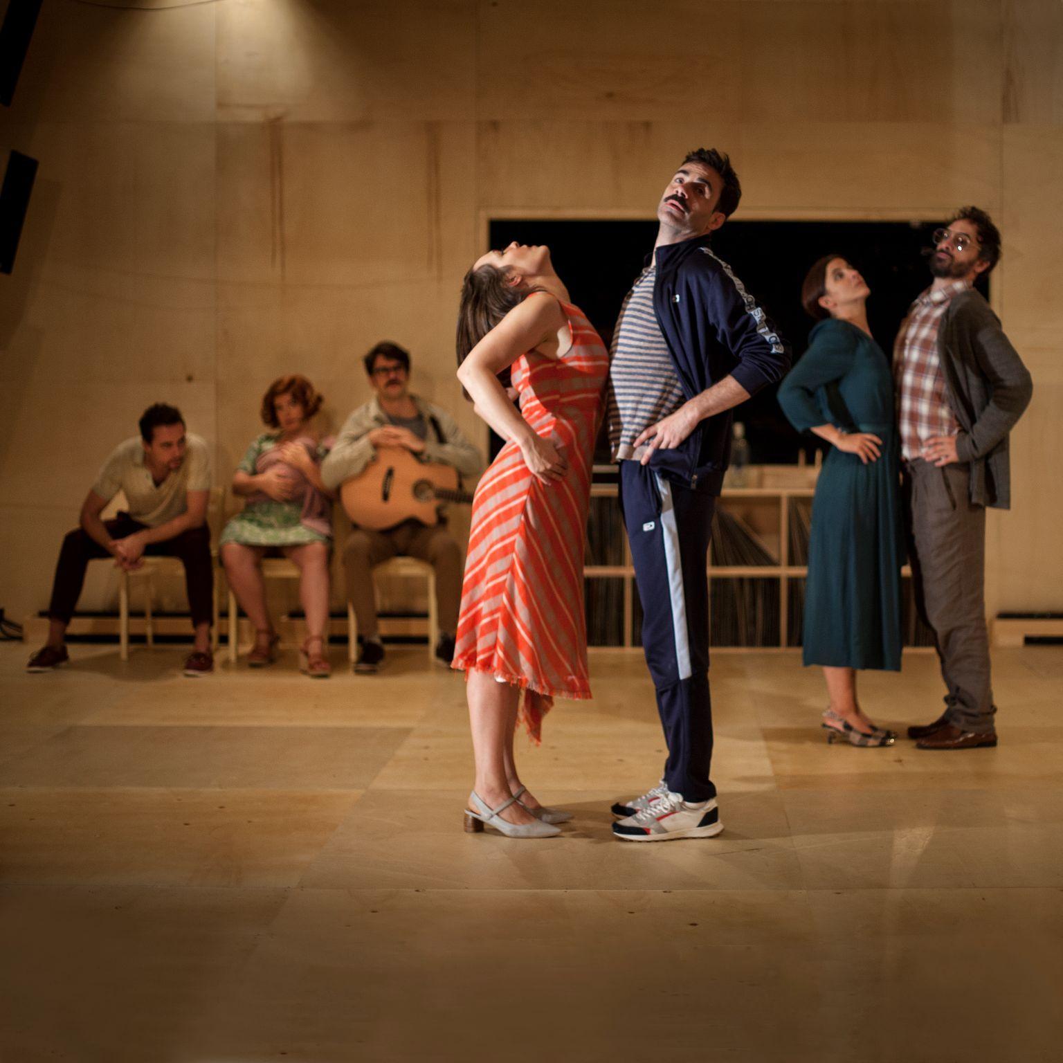 El teatro Alhambra presenta la obra 'Las canciones', producida por El Pavón Teatro Kamikace