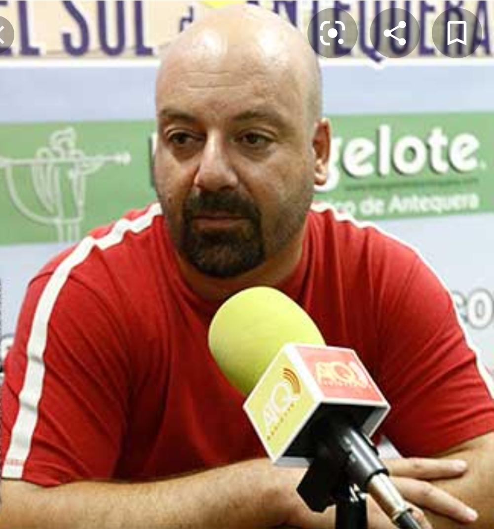 El Club Balonmano Los Dólmenes asciende a Liga Asobal con dos egresados de la UGR al frente