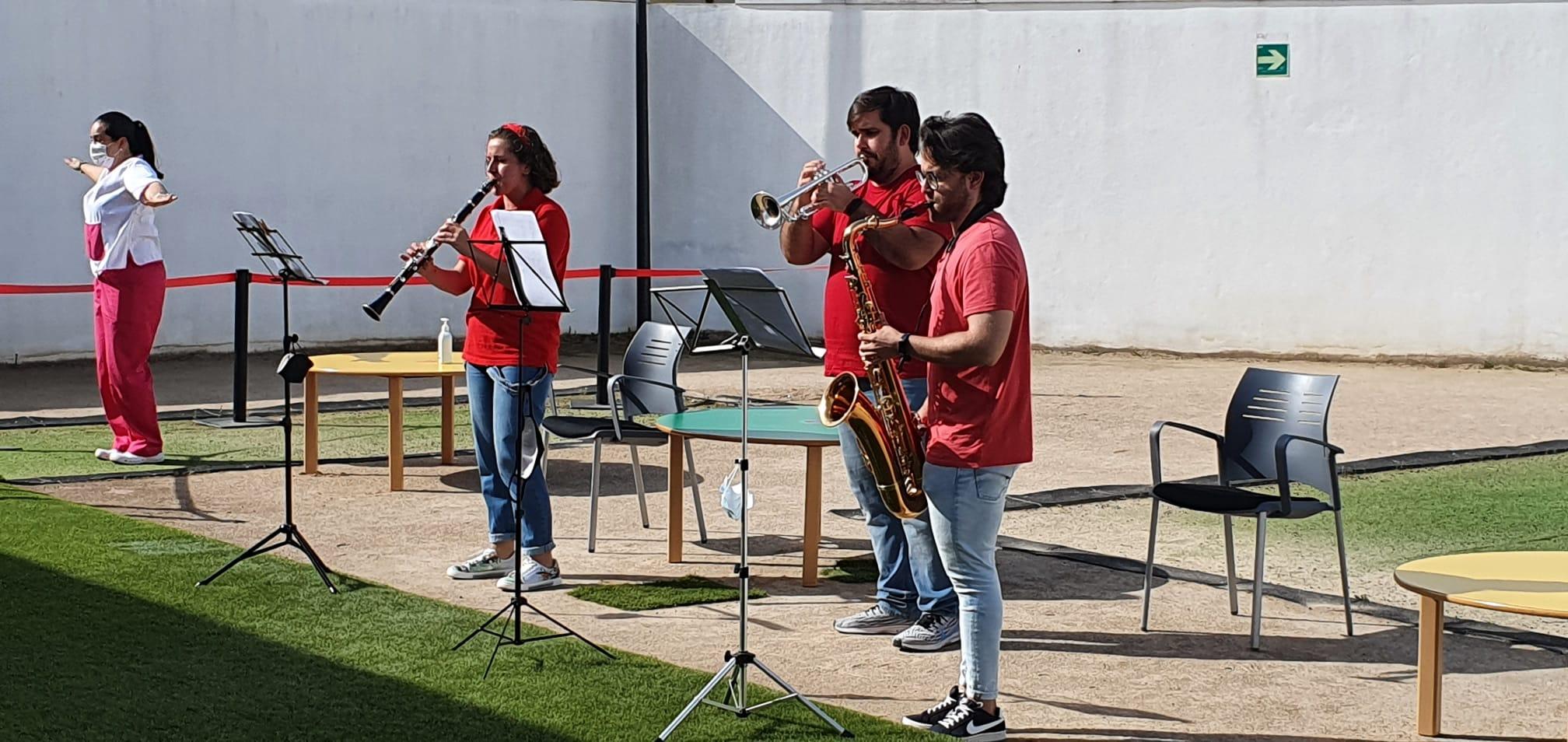 Cúllar Vega lleva el 'Cantajuegos', con música en directo, a las escuelas infantiles del municipio