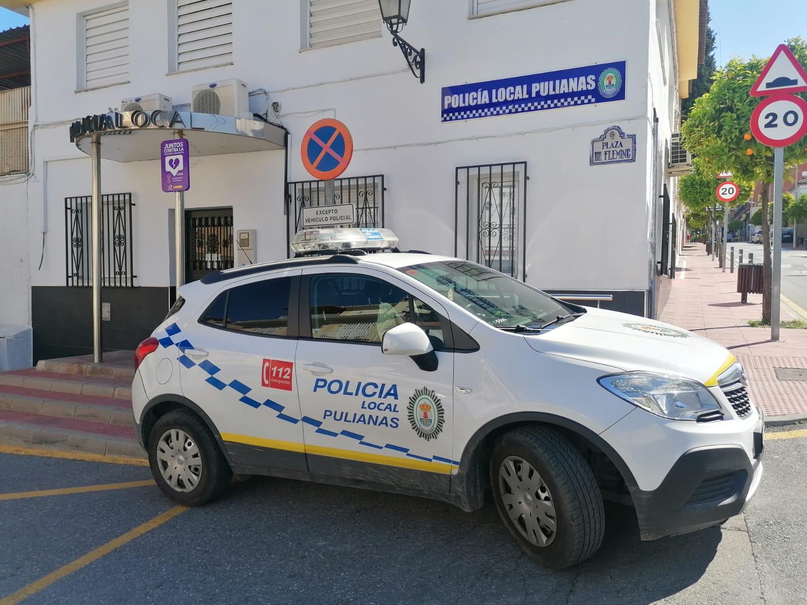 Pulianas gratifica a la policía local con 1.000 euros extra por su labor en la pandemia