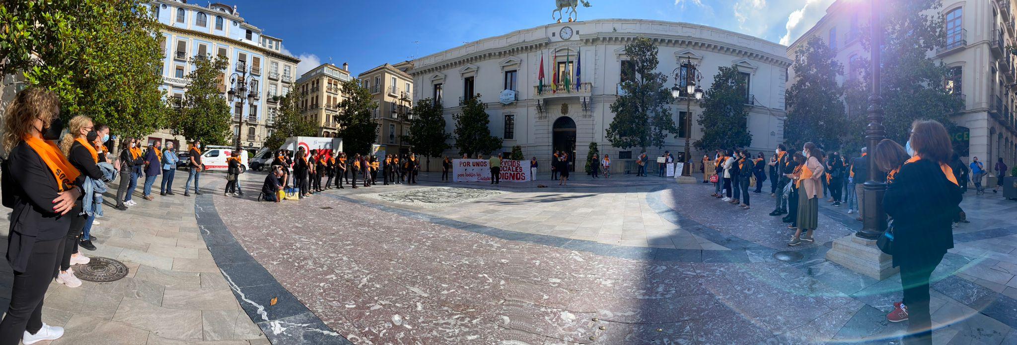 Los trabajadores del área de Derechos Sociales piden la dimisión de Luis Salvador