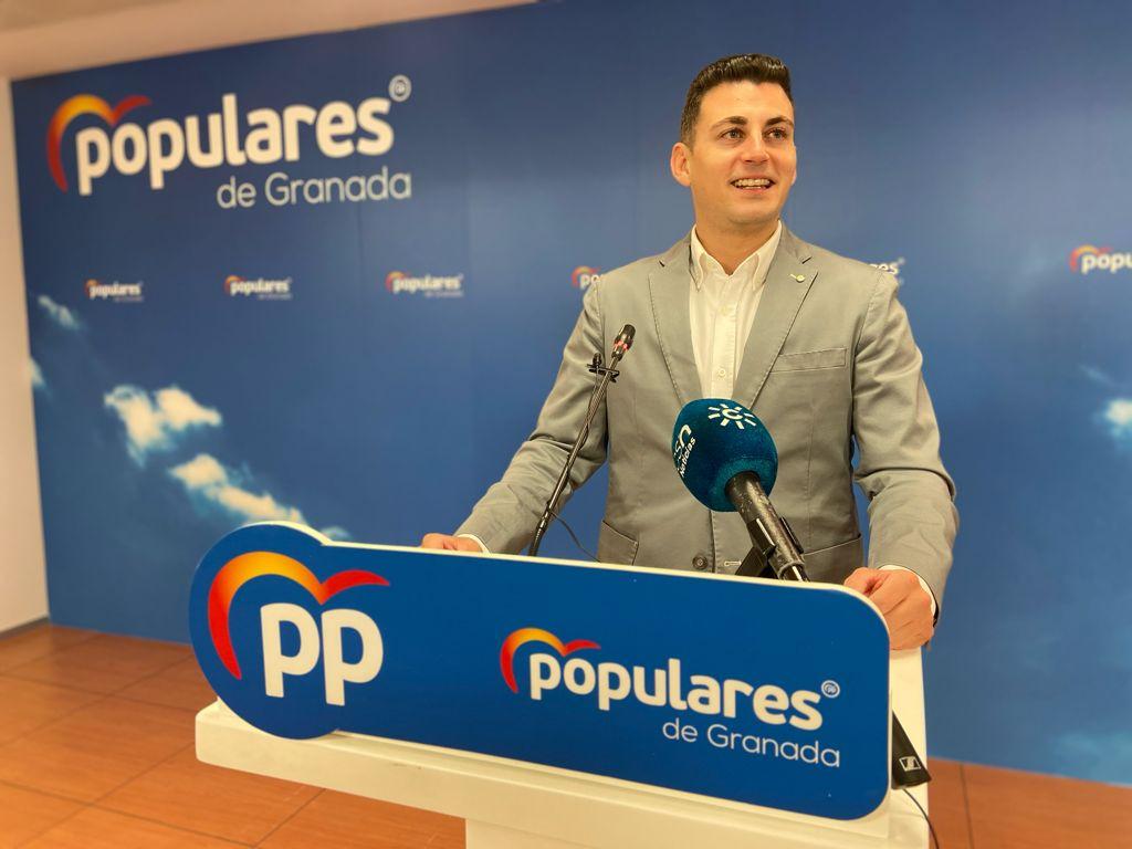 El PP celebra «la inversión de 285 millones del gobierno de Juanma Moreno» para la mejora de infraestructuras educativas