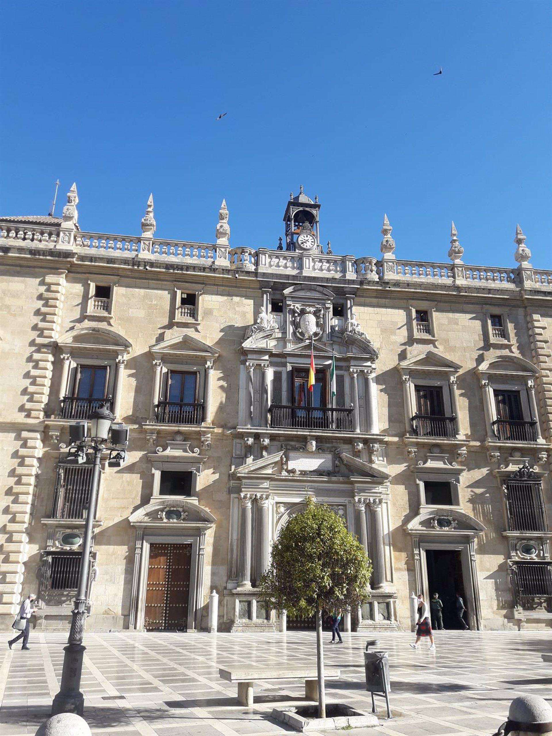 Piden tres años y medio de prisión para un encargado acusado de quedarse con unos 120.000 euros