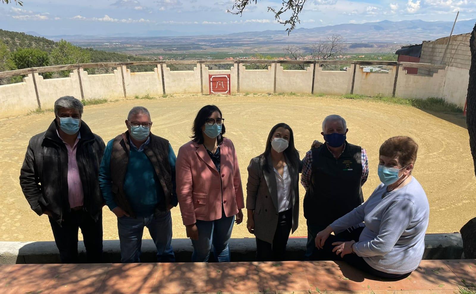 El PP defiende «el compromiso del Gobierno Andaluz» con el sector del toro bravo