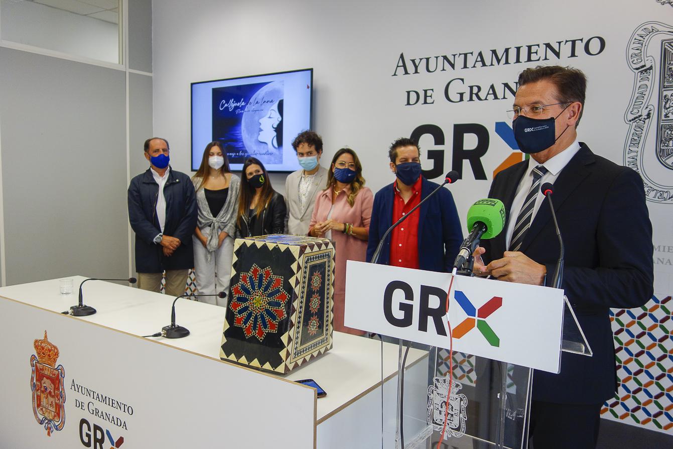 Salvador muestra su apoyo al «talento y calidad artística» del grupo Callejuela de la Luna