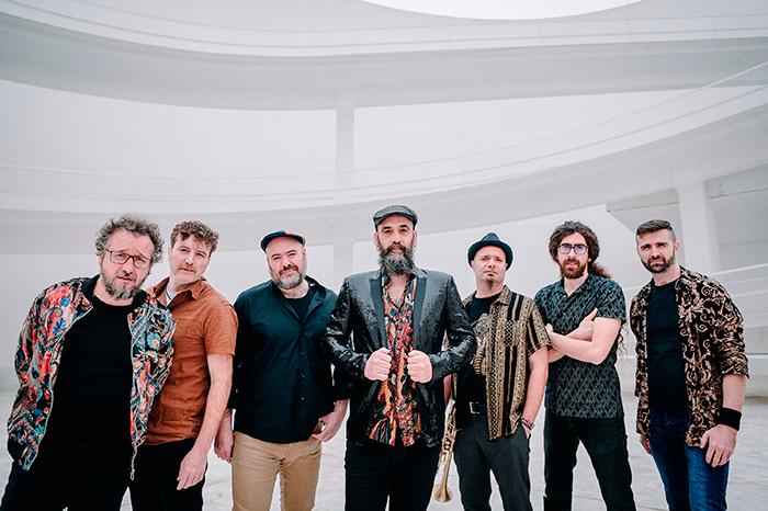 Eskorzo publica '7 vientos' canción que conmemora los 25 años de trayectoria de la banda