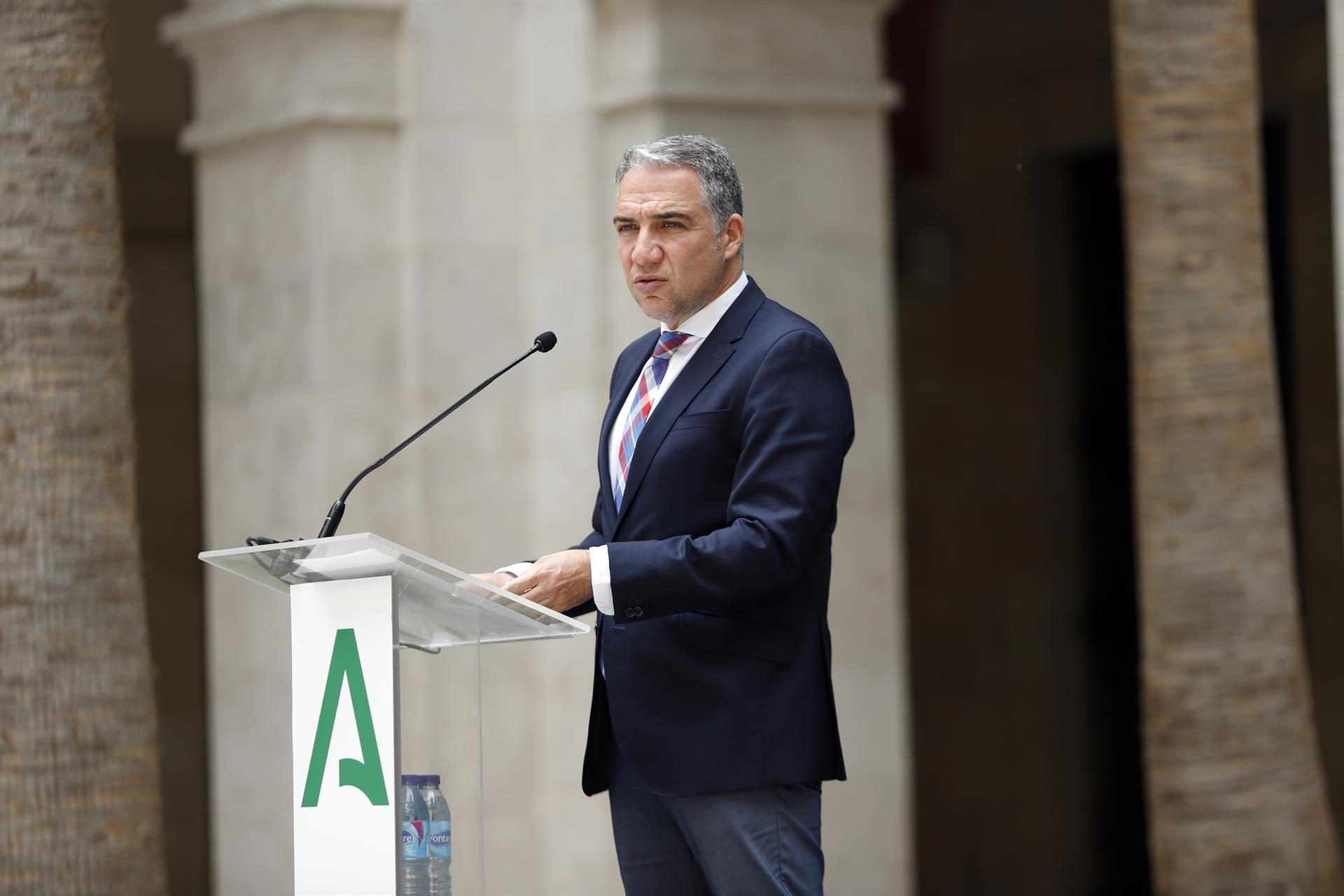 Junta, dispuesta a asumir el «desgaste» en toma de decisiones, pero demanda al Gobierno «herramientas legales»