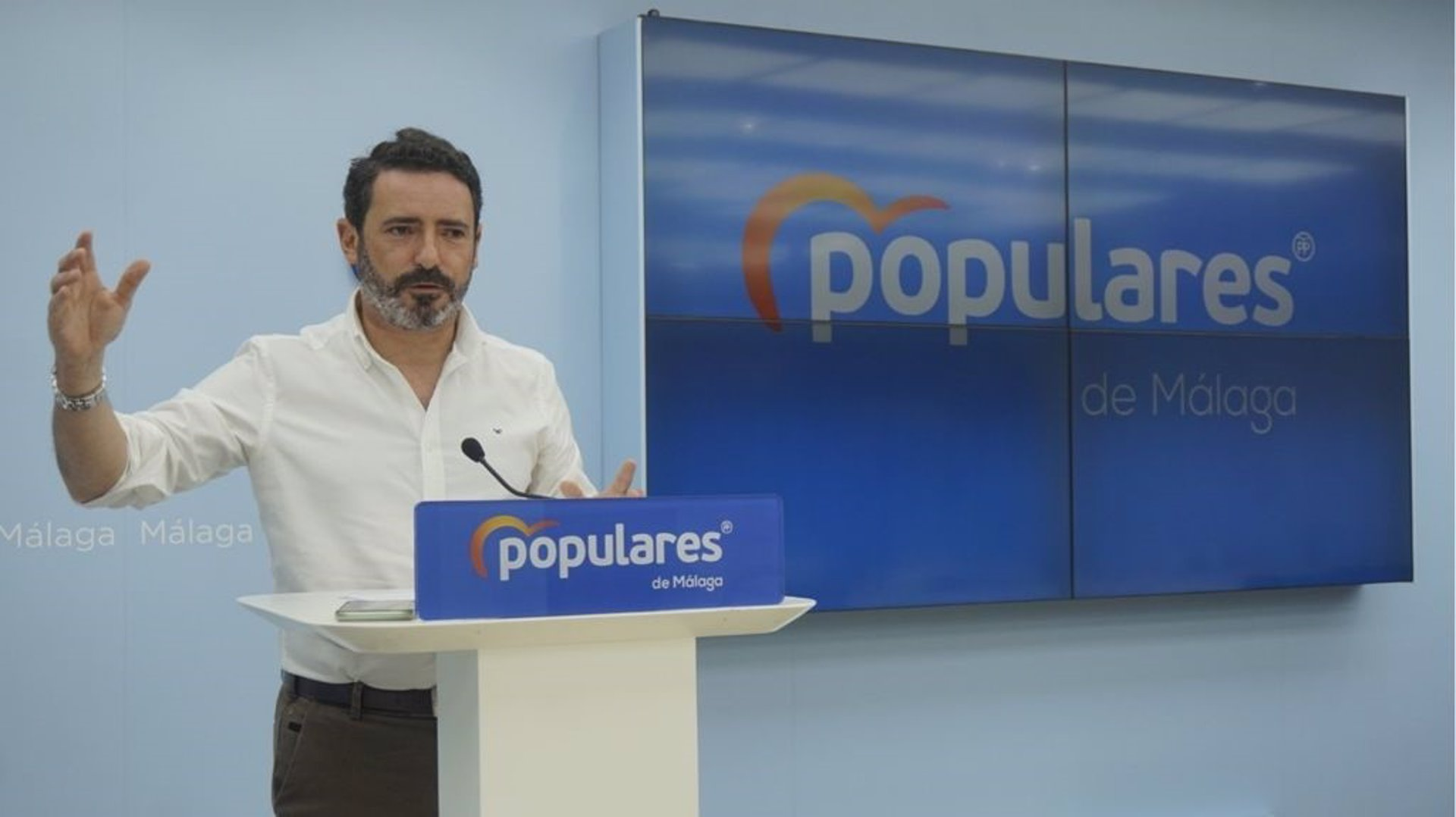 PP-A critica que respuesta de PSOE a crisis sea «una segunda vuelta de las primarias que enfrentaron a Sánchez con Díaz»