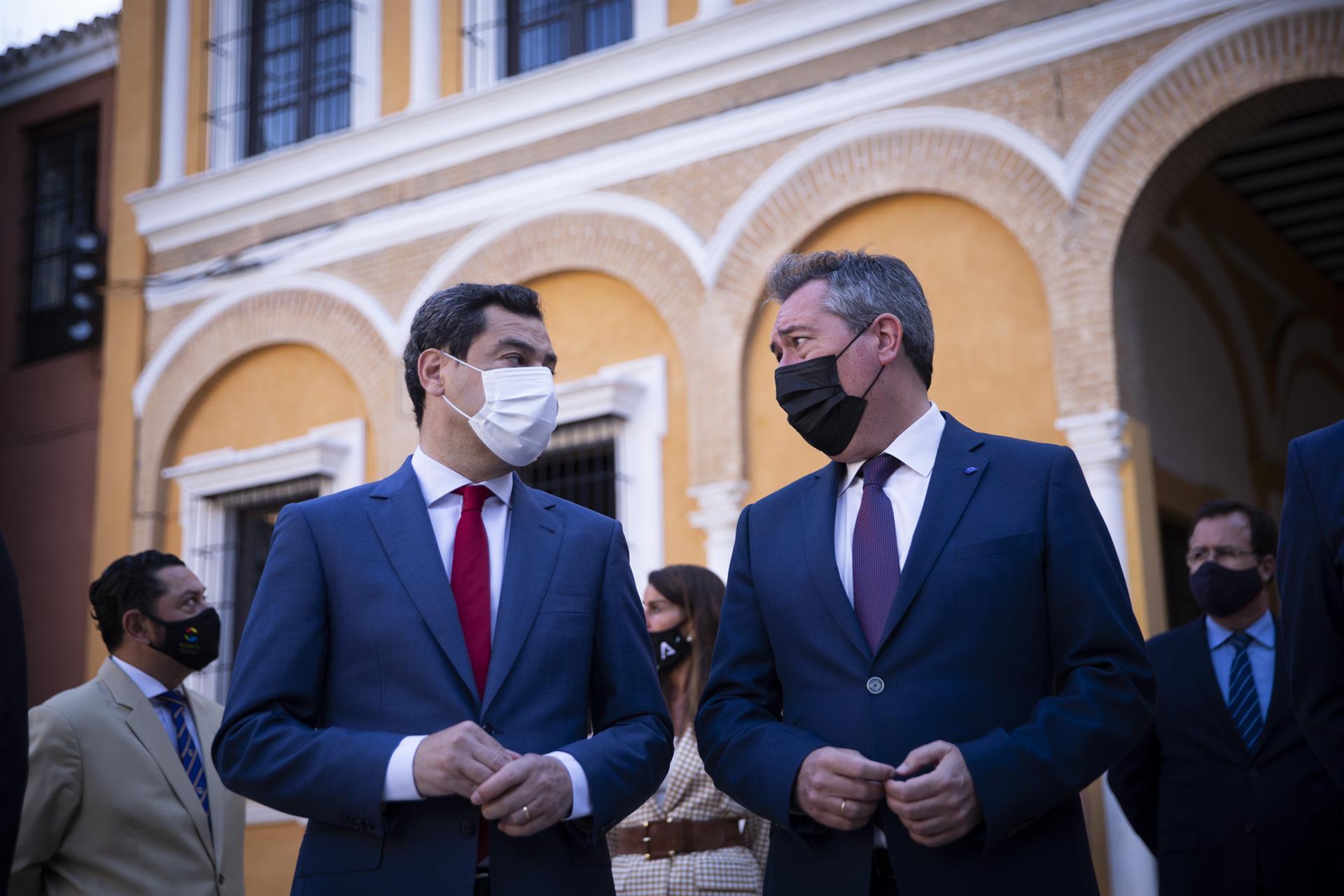 Espadas sugiere a Moreno que se someta a cuestión de confianza o convoque elecciones si está «secuestrado» por Vox