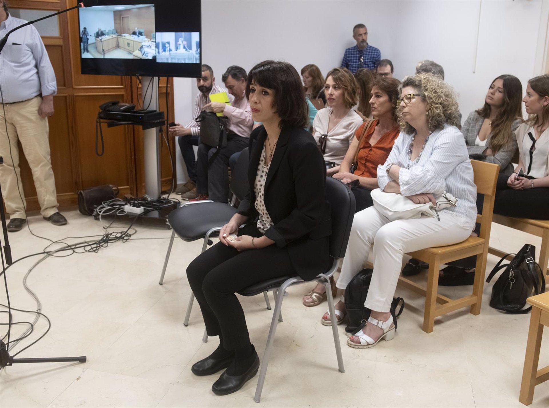El juez rechaza suspender la pena a Juana Rivas y acuerda su ingreso en prisión