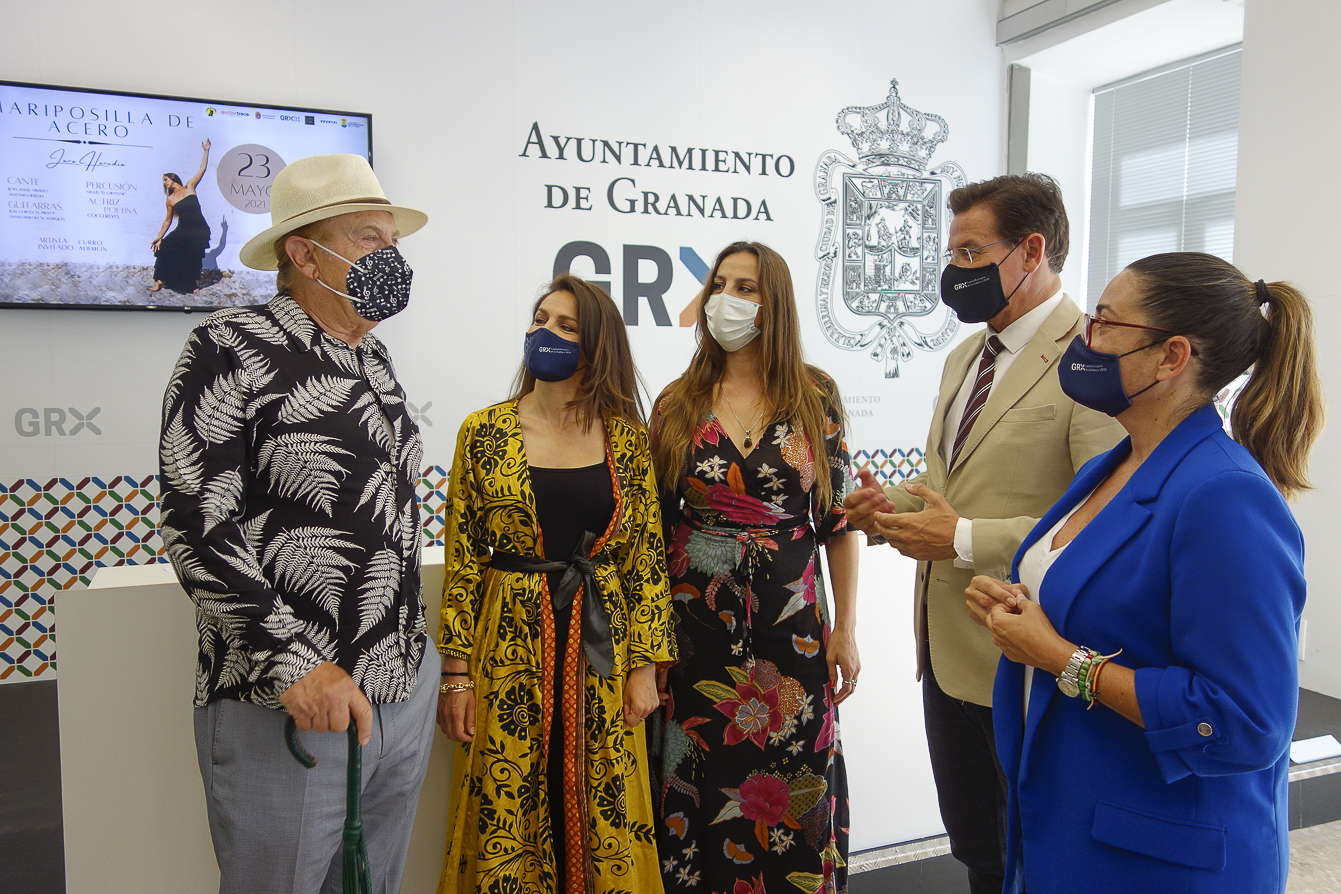 «Mariposilla de acero», un espectáculo de Jara Heredia, llega al Isabel la Católica el 23 de mayo