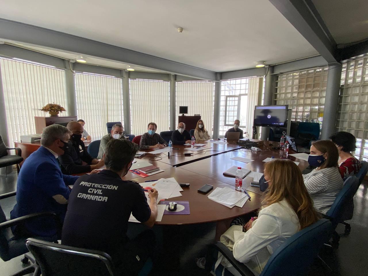 Un proyecto Emasagra-Bomberos pretende prevenir la contaminación de las aguas en caso de catastrófes