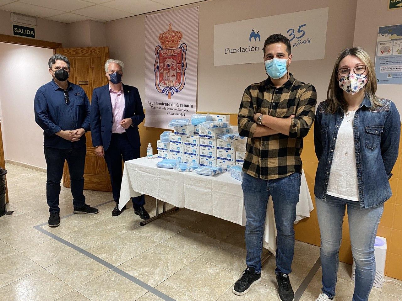 Los centros municipales de acogida reciben 10.000 mascarillas del Ayuntamiento