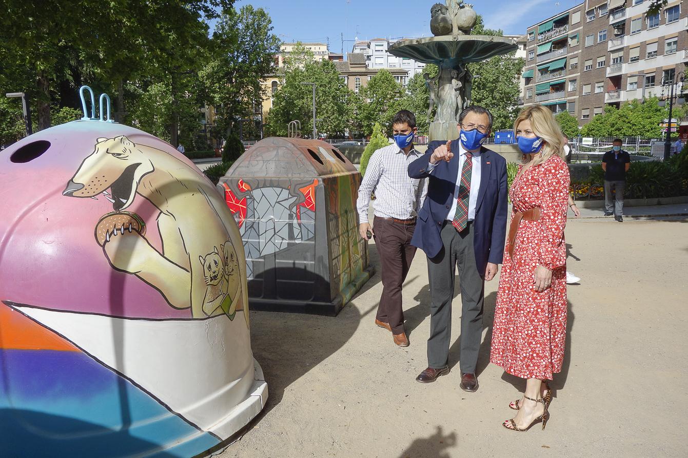 «Salva el Planeta», «Salud Marina» y «Un rayo de esperanza» ganan el II Concurso Granafiti Joven