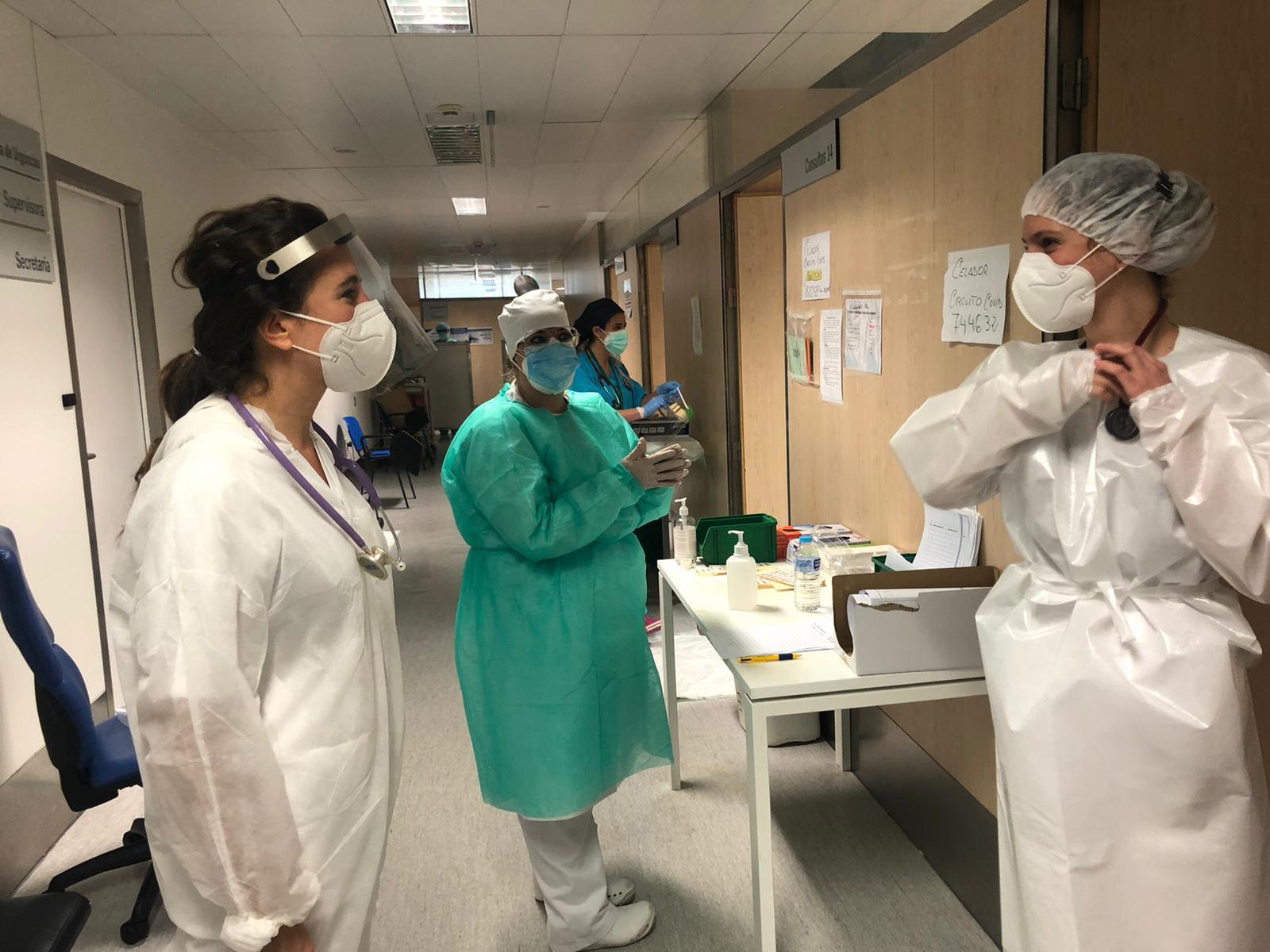El Hospital Virgen de las Nieves atiende a cerca de 24.500 personas con sospecha de Covid en sus Urgencias